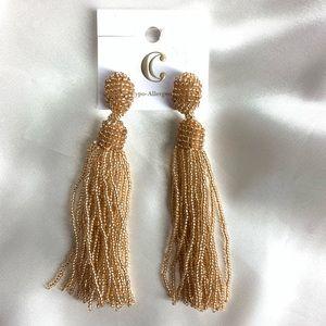 NEW‼️Charming Charlie dark gol tassel earrings